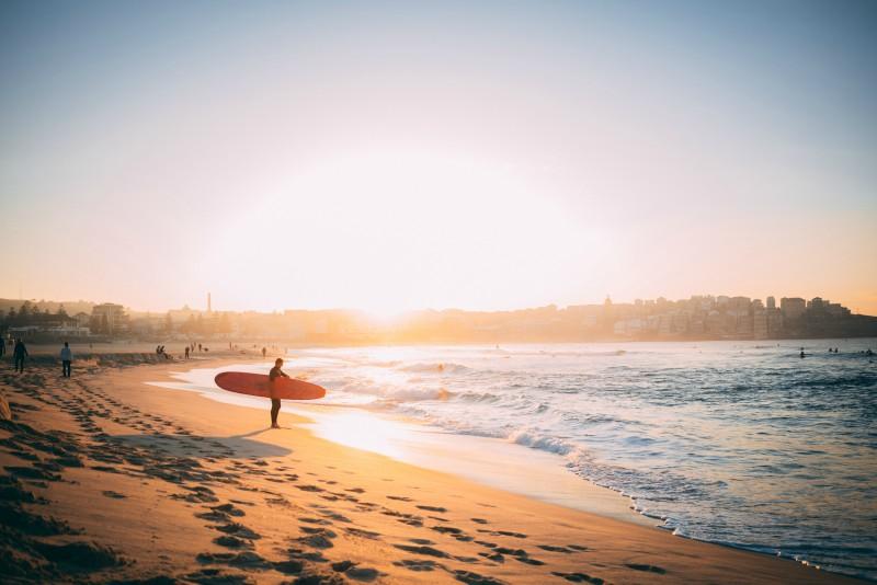 O bom clima favorece à prática de esportes na Austrália.