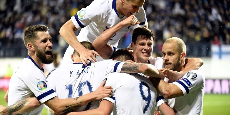 Finland players celebrating