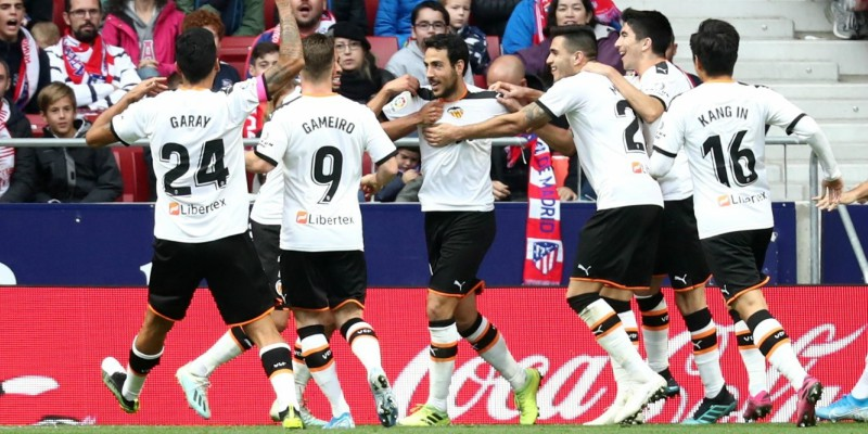 Valencia players celebrating | Spin Sports