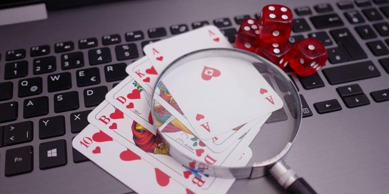 Cartes de jeux publicité en ligne
