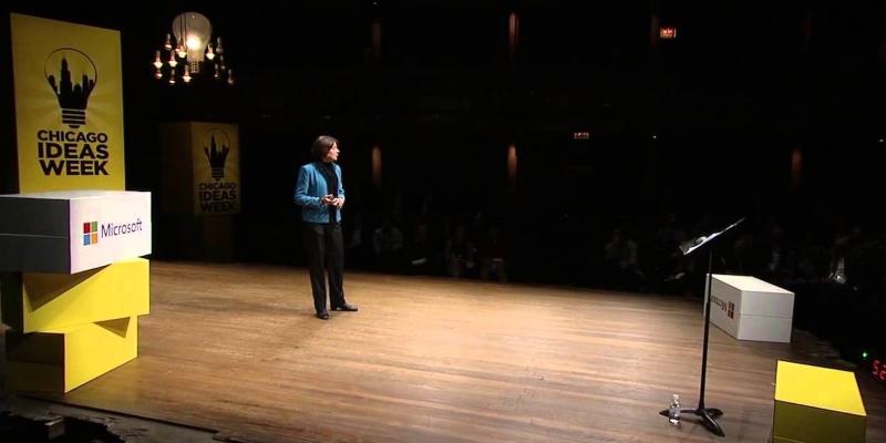 Nicole Lazzaro auf der Bühne der Chicago Ideas Week