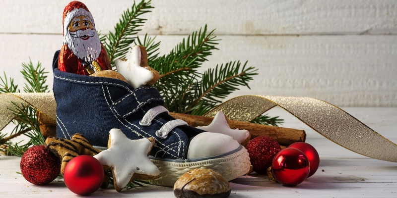 Kid shoes filled with treats for St Nicholas Day; Spin Casino Blog