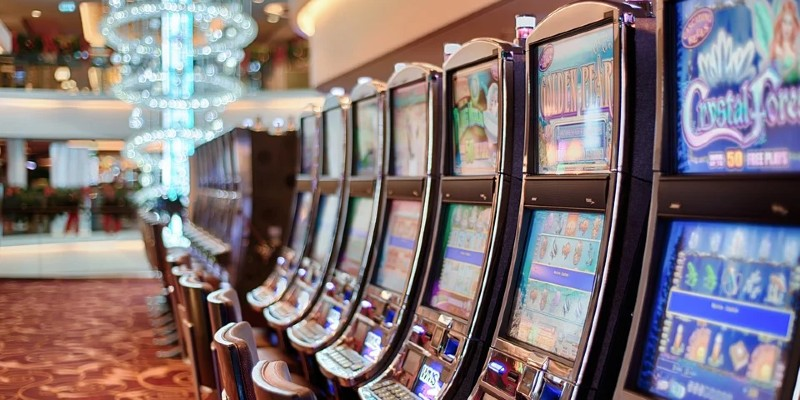 pokie machines in a land casino; Spin Casino Blog