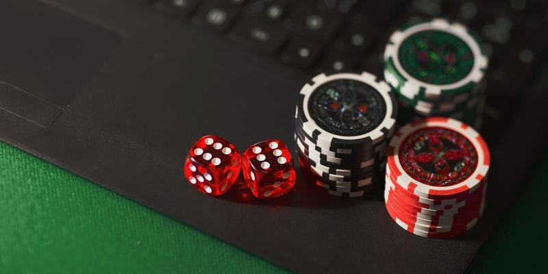 ставка и выигрыш в покер - Spin Palace блог