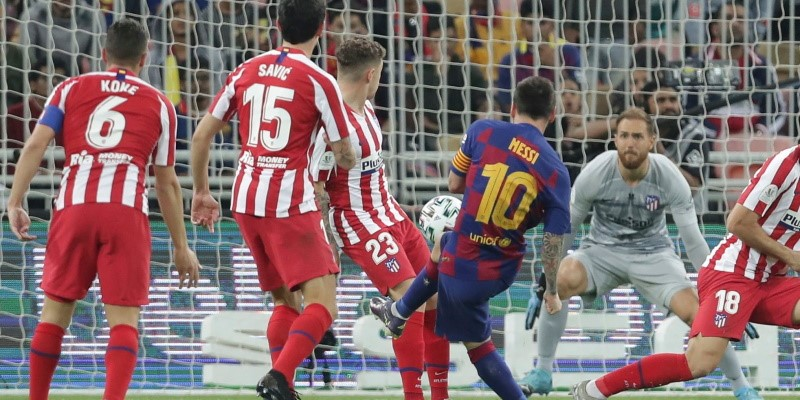 Lionel Messi scores against Atletico in January