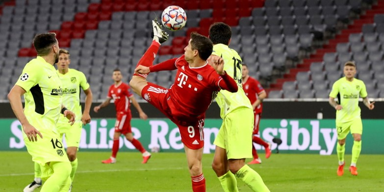 Robert Lewandowski in action in the prior meeting between Atletico Madrid and Bayern Munich