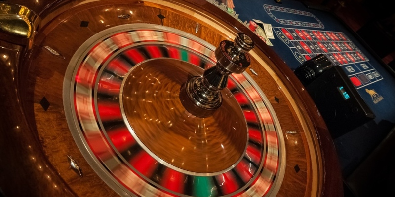 Roulette Table With Spinning Wheel