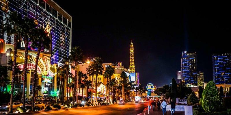 las vegas casinos palm trees