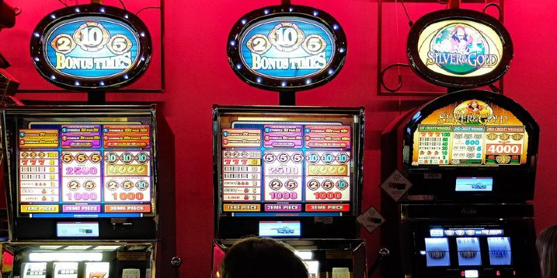 Casino game machines