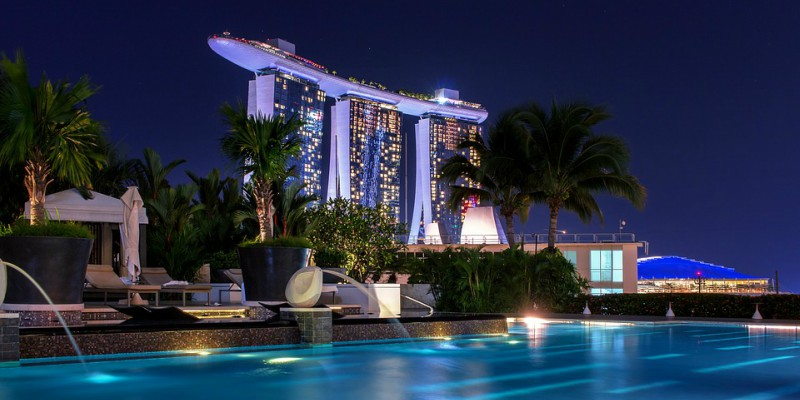 Marina Bay Sands Singapore palm trees and pool