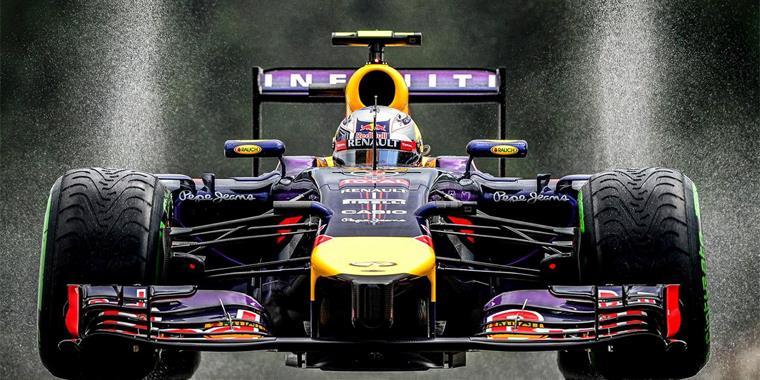Il design delle vetture le tiene incollate al circuito